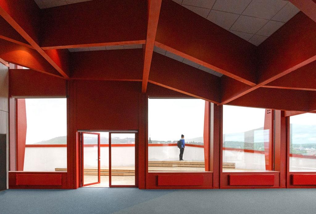 Kunskapshuset red walls